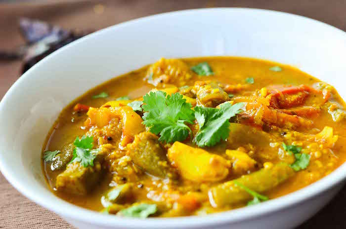 healthy-sambhar-with-lentils-and-vegetable-side