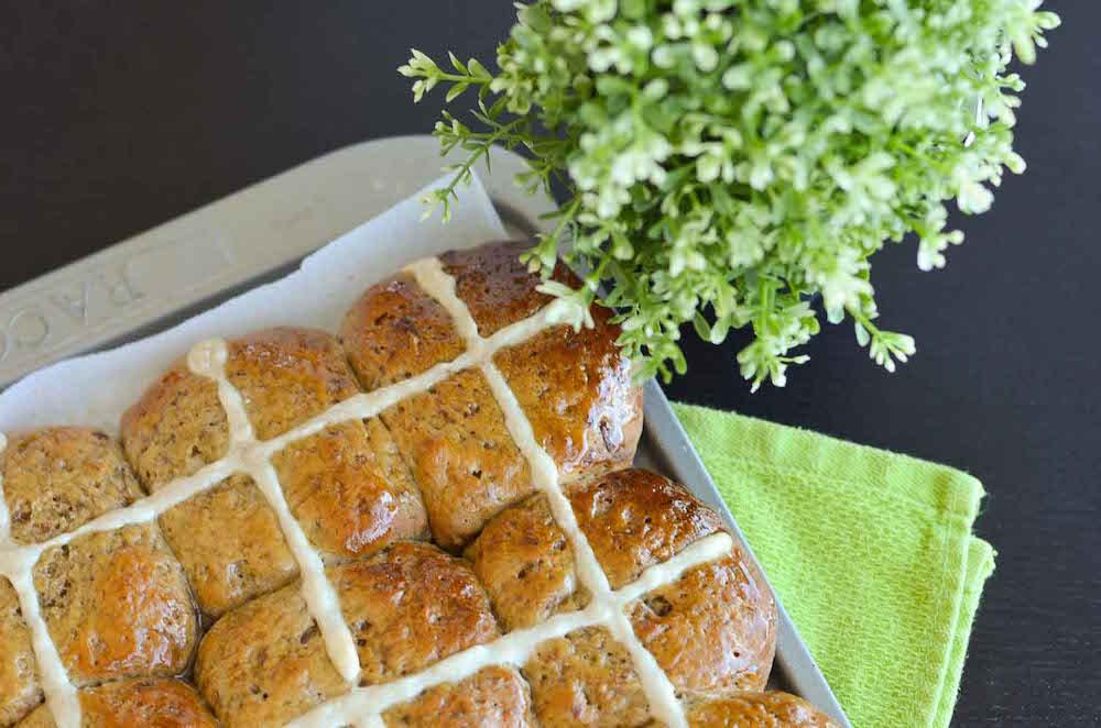 best-ever-hot-cross-buns-side