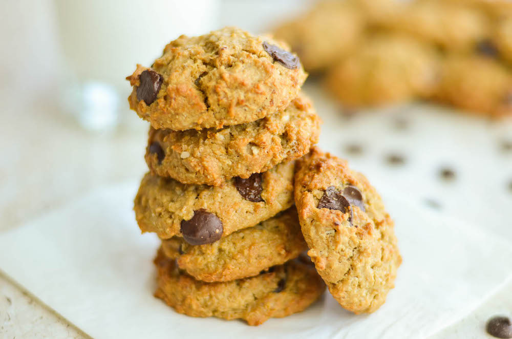 The best Quinoa Oatmeal Chocolate Chips Breakfast Cookies for healthy ...