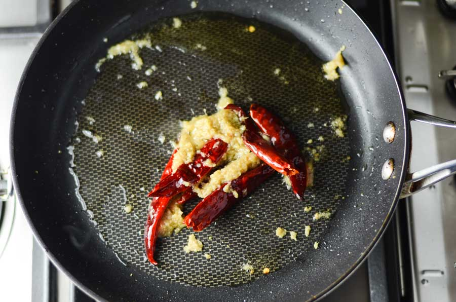 fry-ginger-garlic-and-chilli