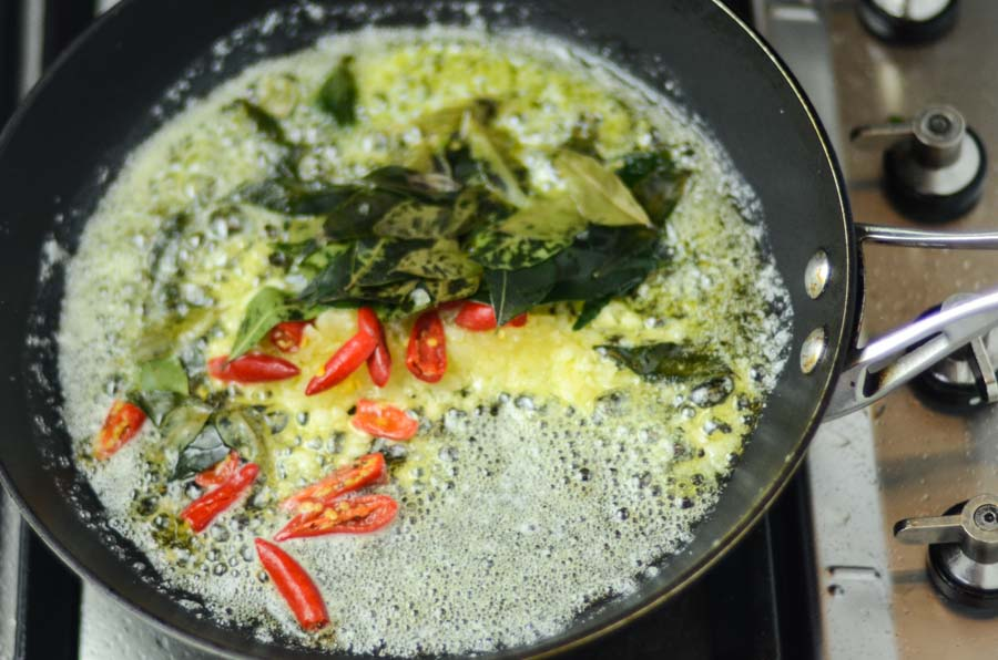 fry-curry-leaves
